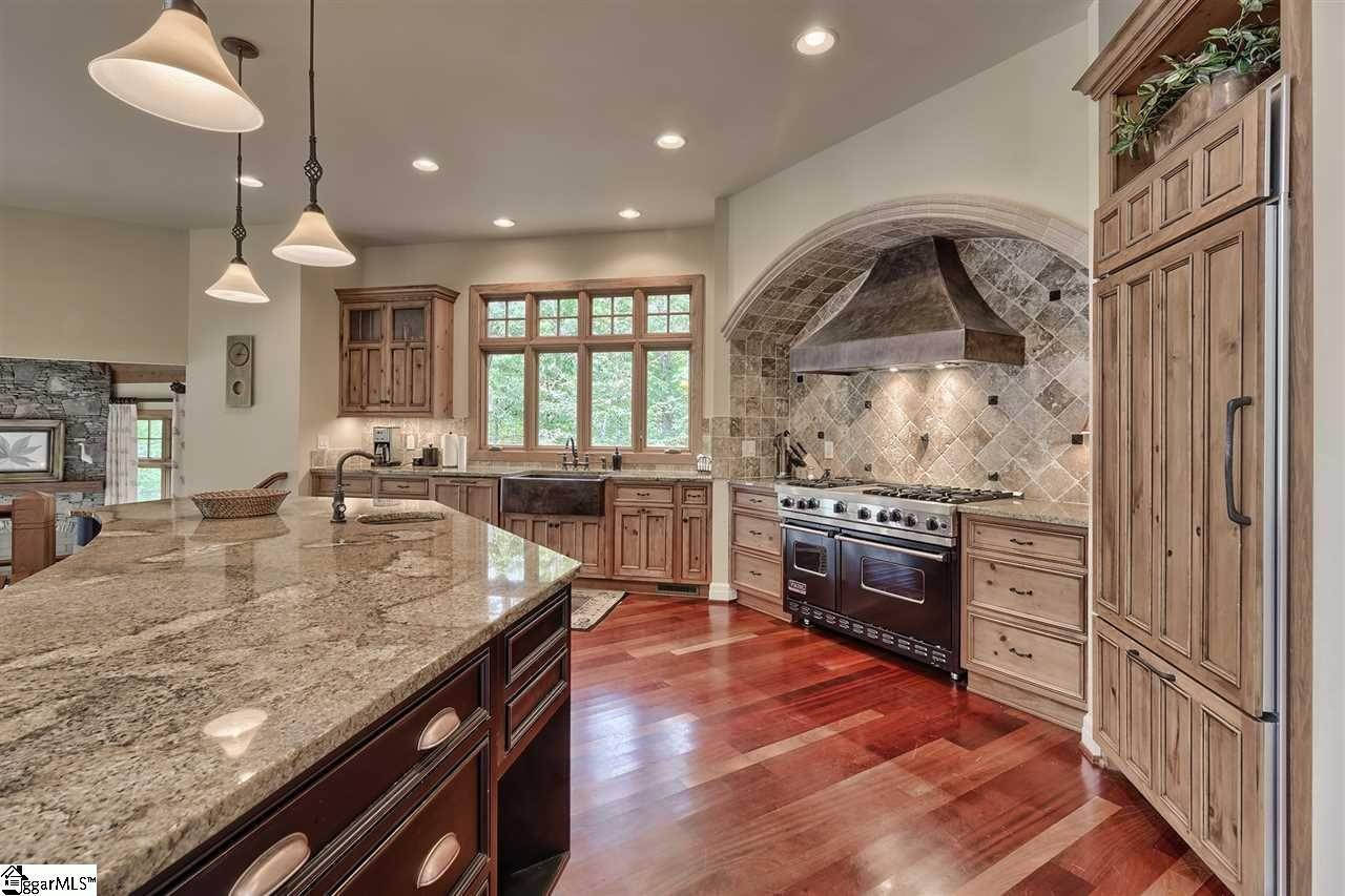 8. Single Family Homes for Sale at The Cliffs At Keowee Vineyards, Sunset, SC 29685