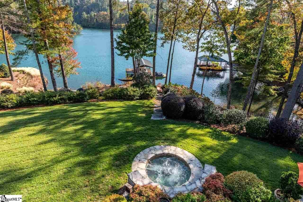 31. Single Family Homes for Sale at The Cliffs At Keowee Vineyards, Sunset, SC 29685
