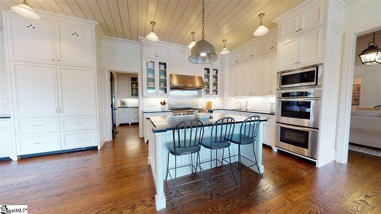15. Single Family Homes for Sale at The Cliffs At Keowee Vineyards, Sunset, SC 29685