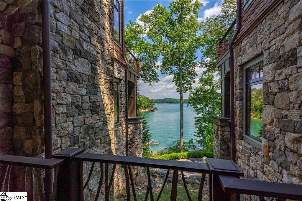 29. Single Family Homes for Sale at The Reserve At Lake Keowee, Sunset, SC 29685