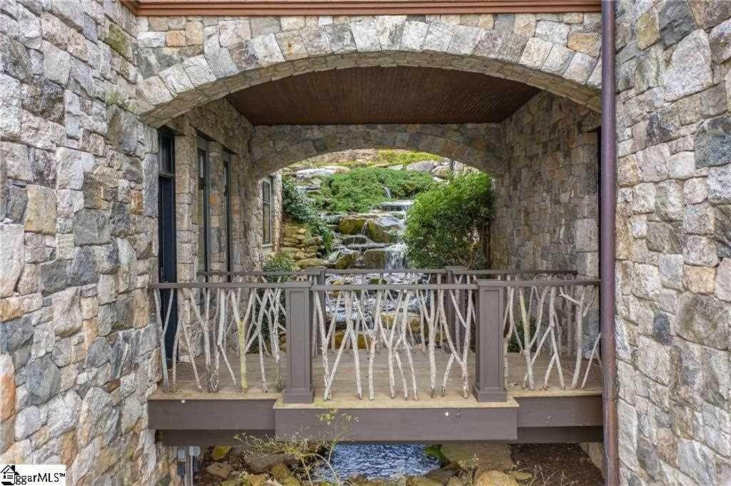 30. Single Family Homes for Sale at The Reserve At Lake Keowee, Sunset, SC 29685