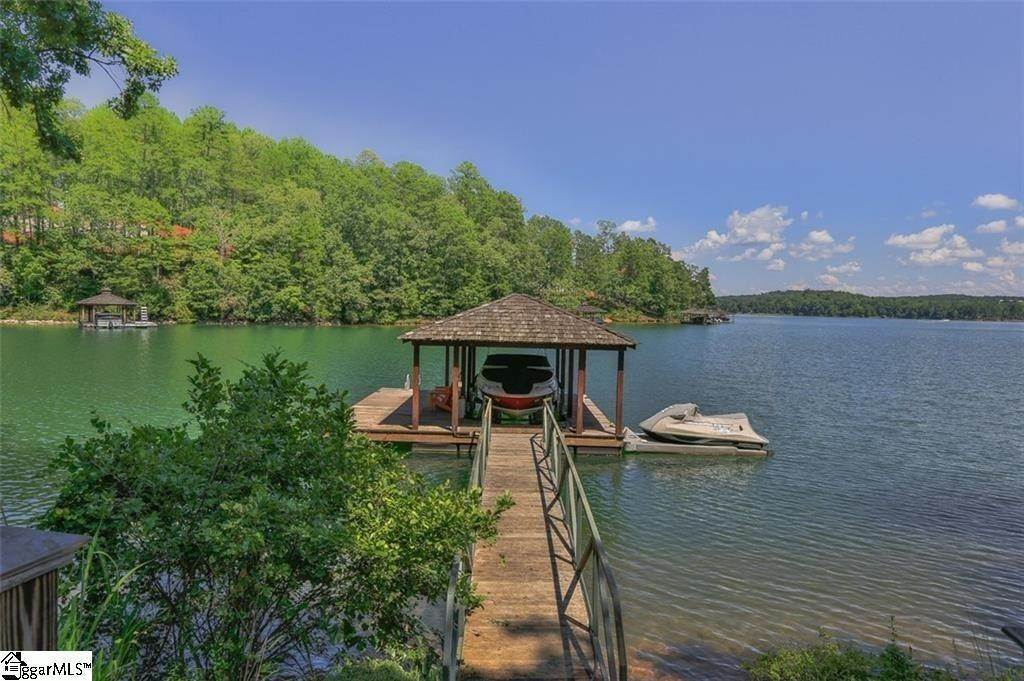 36. Single Family Homes for Sale at The Reserve At Lake Keowee, Sunset, SC 29685