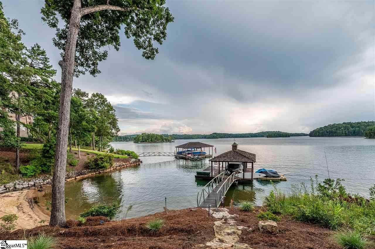 22. Single Family Homes for Sale at The Reserve At Lake Keowee, Sunset, SC 29685