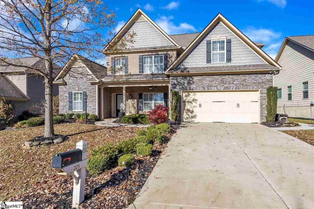 Single Family Homes for Sale at Simpsonville, SC 29681
