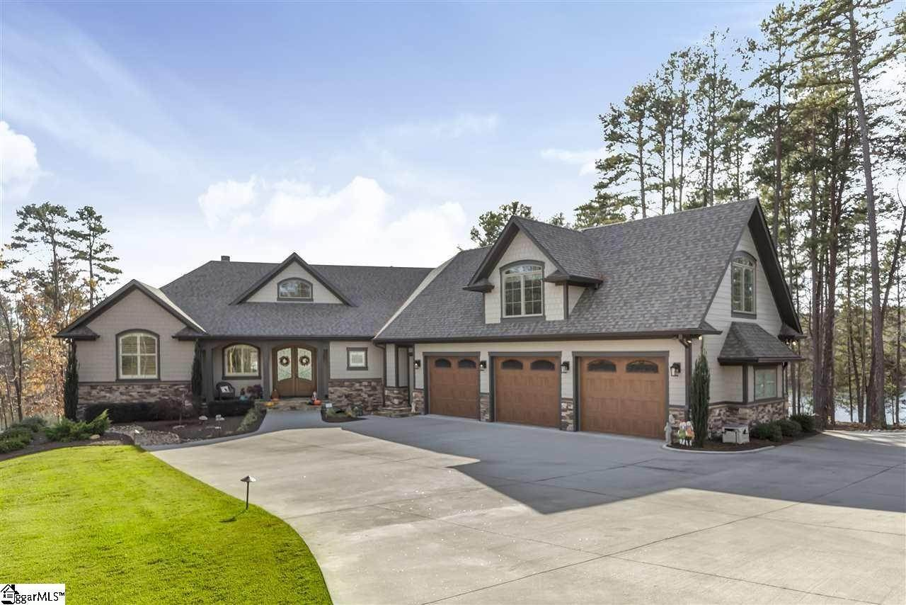 Single Family Homes for Sale at Seneca, SC 29672