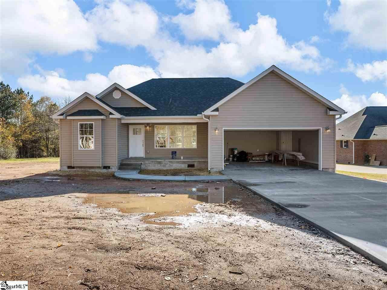 Single Family Homes for Sale at Pacolet, SC 29372