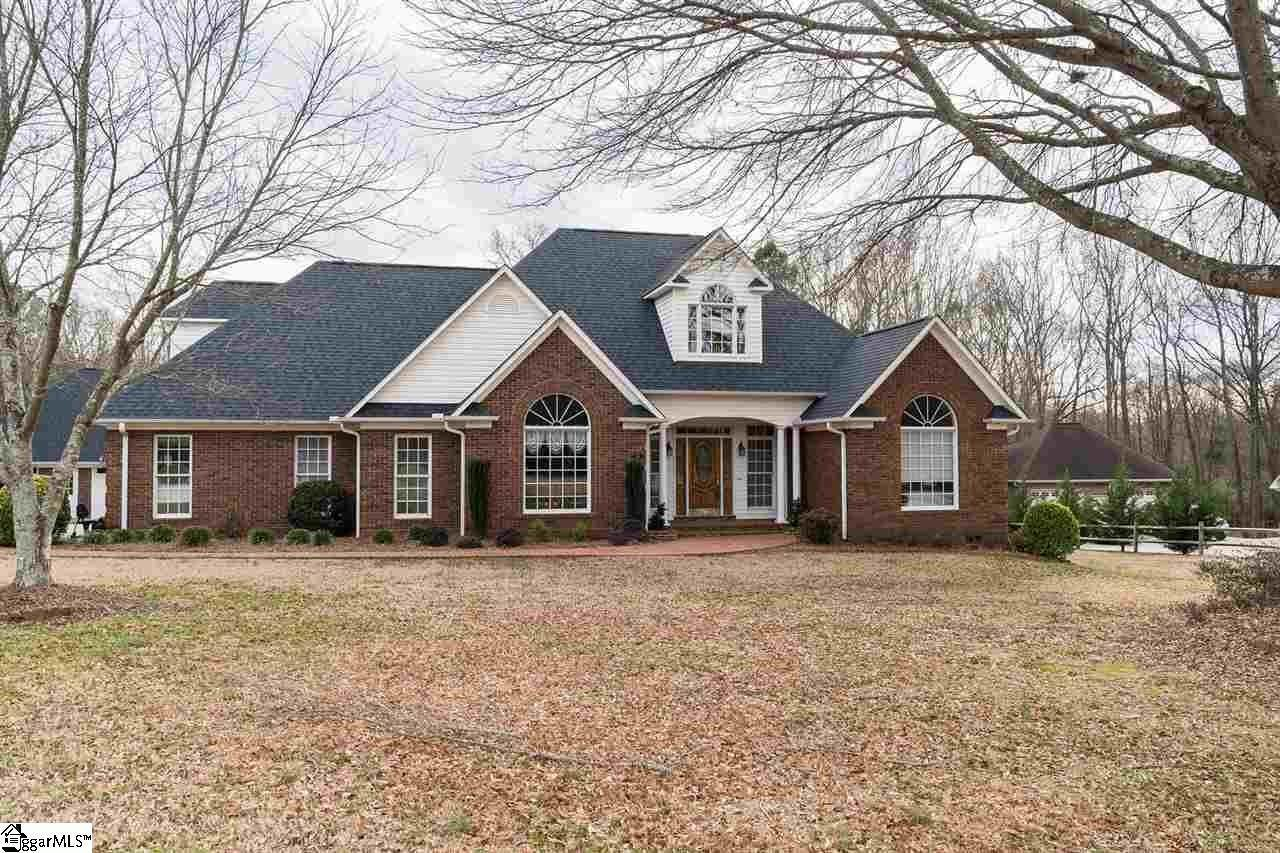 Single Family Homes for Sale at Boiling Springs, SC 29316