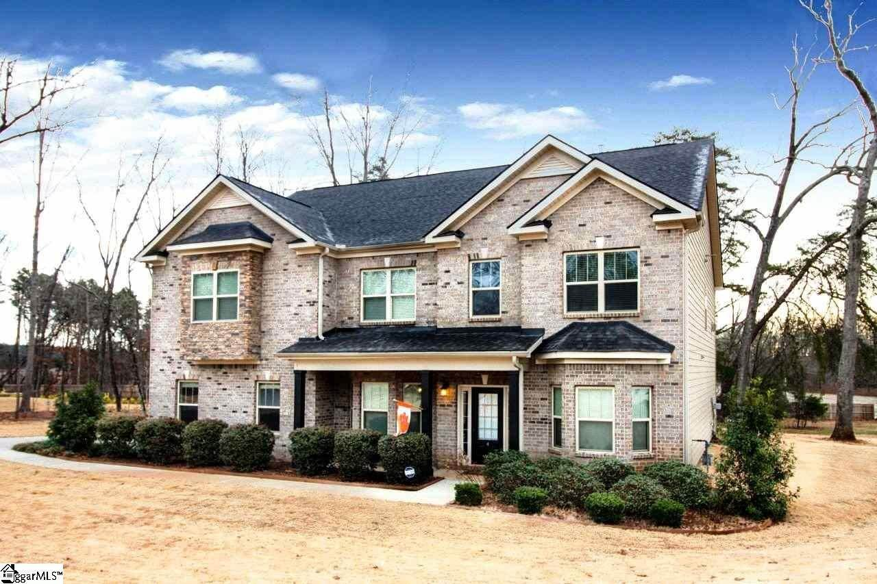 Single Family Homes for Sale at Pendleton, SC 29670