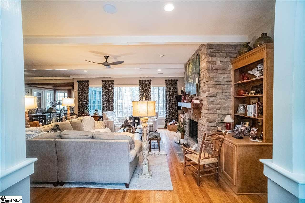 9. Single Family Homes for Sale at The Reserve At Lake Keowee, Sunset, SC 29685