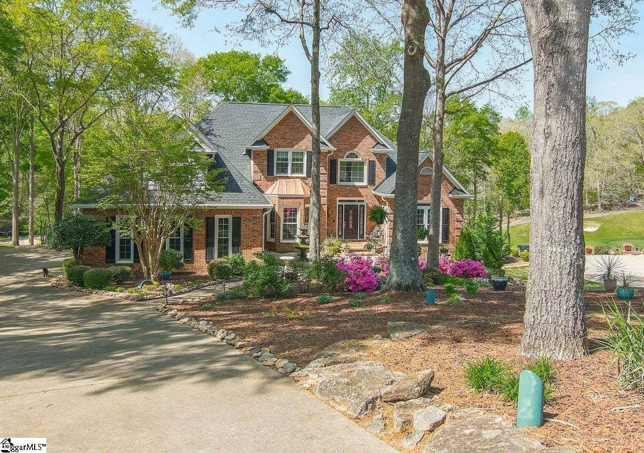 Single Family Homes for Sale at Duncan, SC 29334