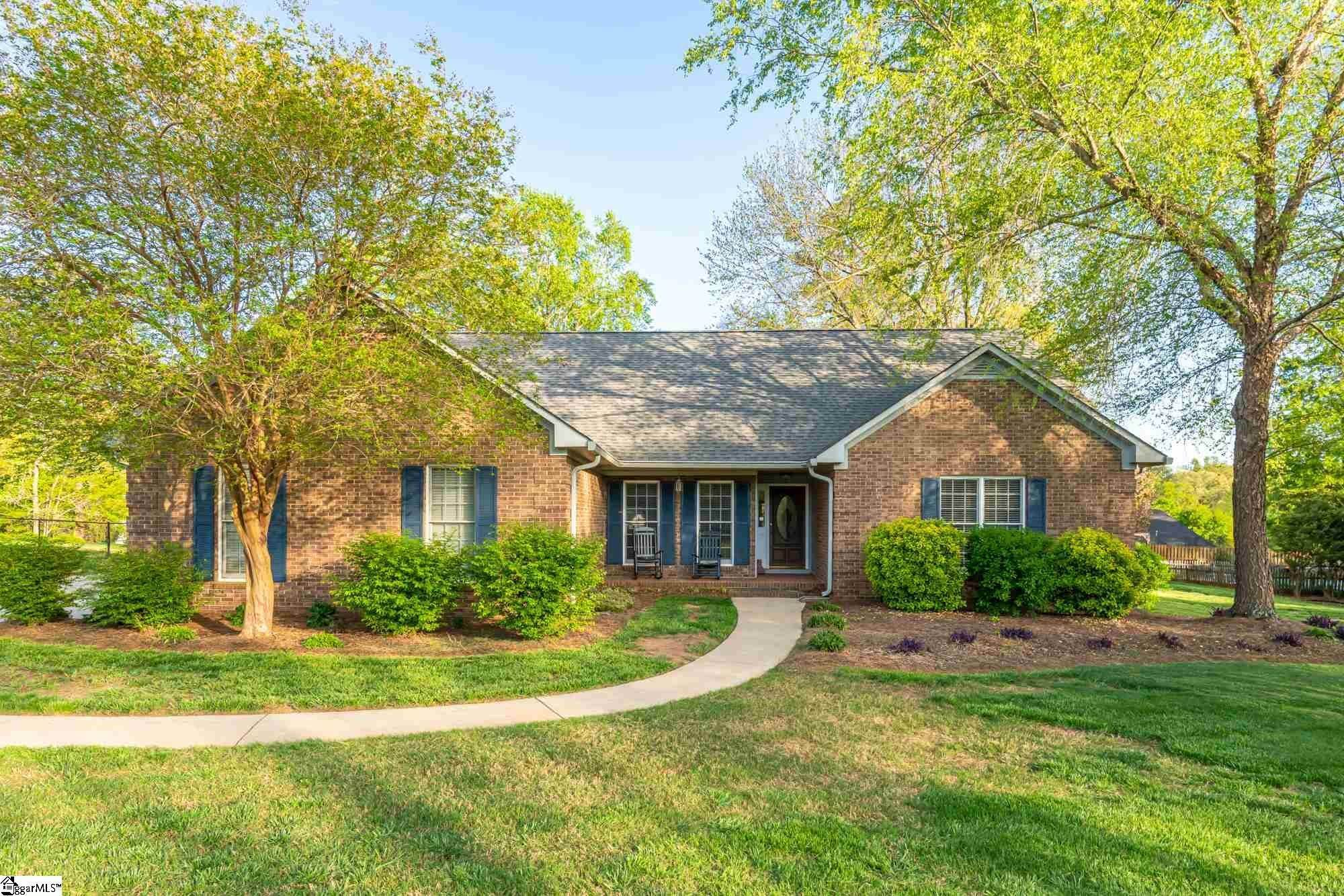 Single Family Homes for Sale at Roebuck, SC 29369