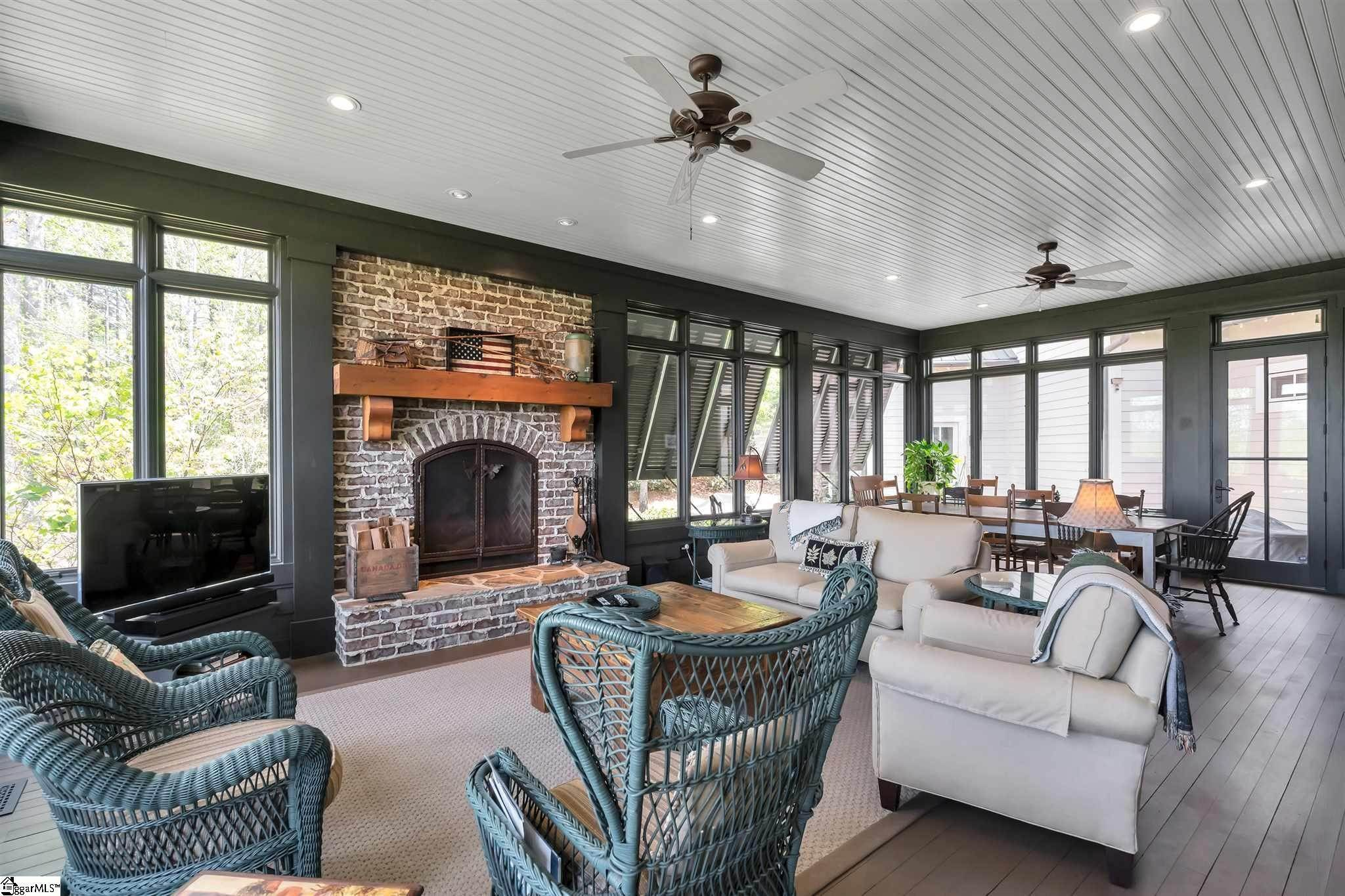 13. Single Family Homes for Sale at The Reserve At Lake Keowee, Sunset, SC 29685