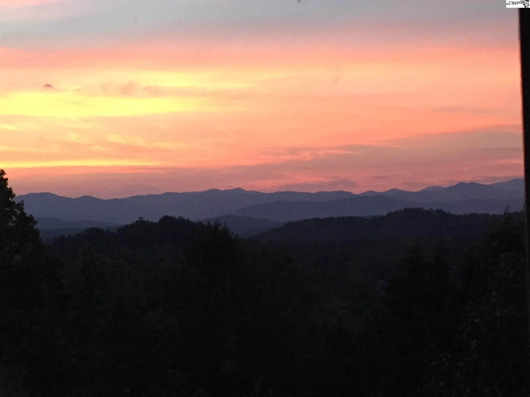 33. Single Family Homes for Sale at The Reserve At Lake Keowee, Sunset, SC 29685