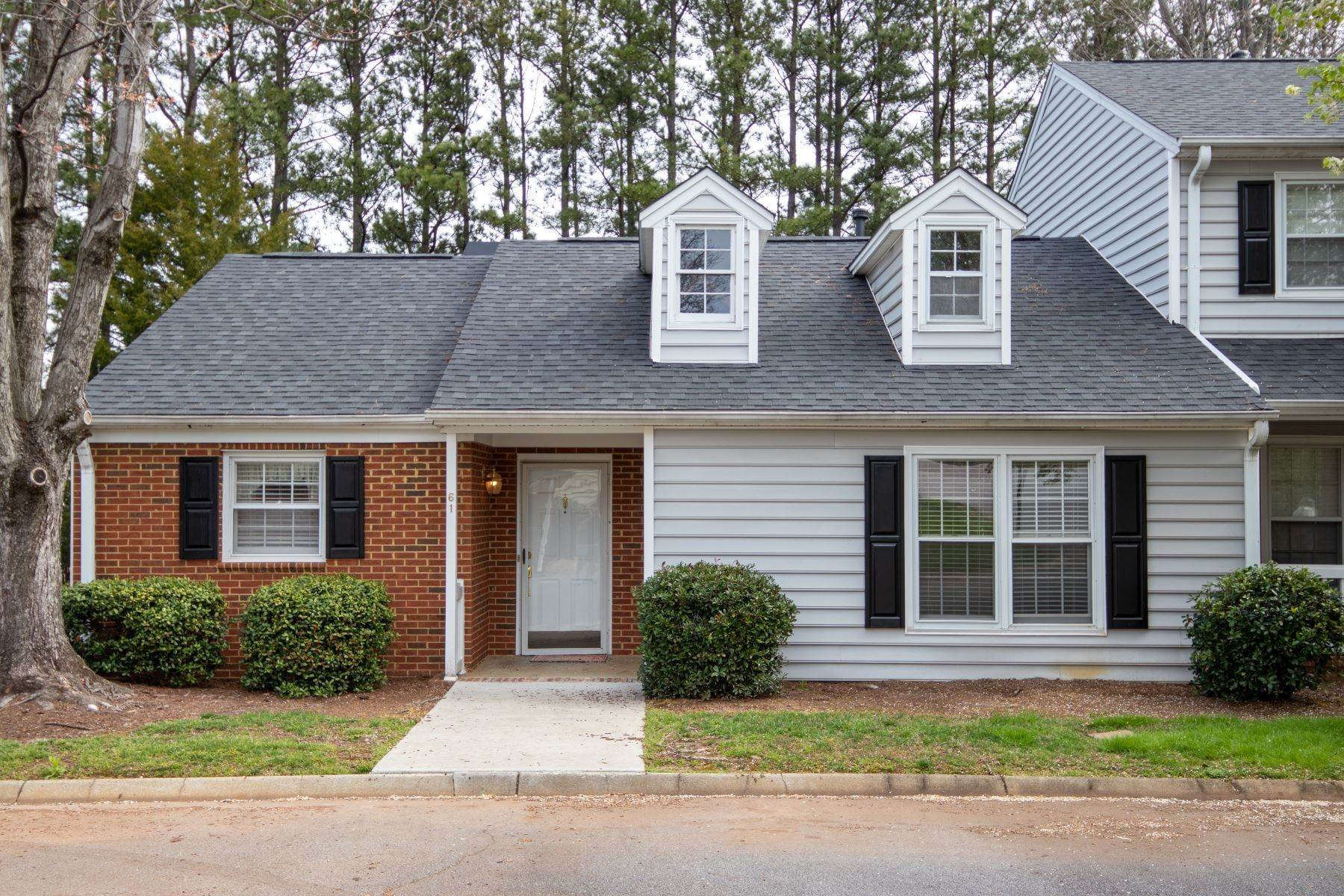 Condominiums for Sale at 40 Wood Pointe Drive Unit 61, Greenville, SC 29615 40 Wood Pointe Drive, Unit 61, Greenville, SC 29615