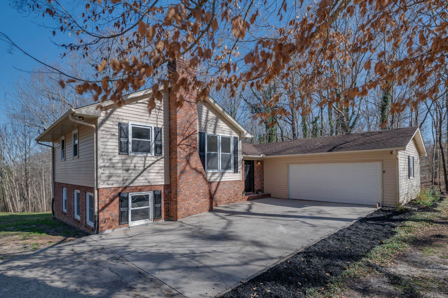 Single Family Homes for Sale at UNDER CONTRACT! 369 West Road, Roebuck, SC 29376 Roebuck, SC 29376